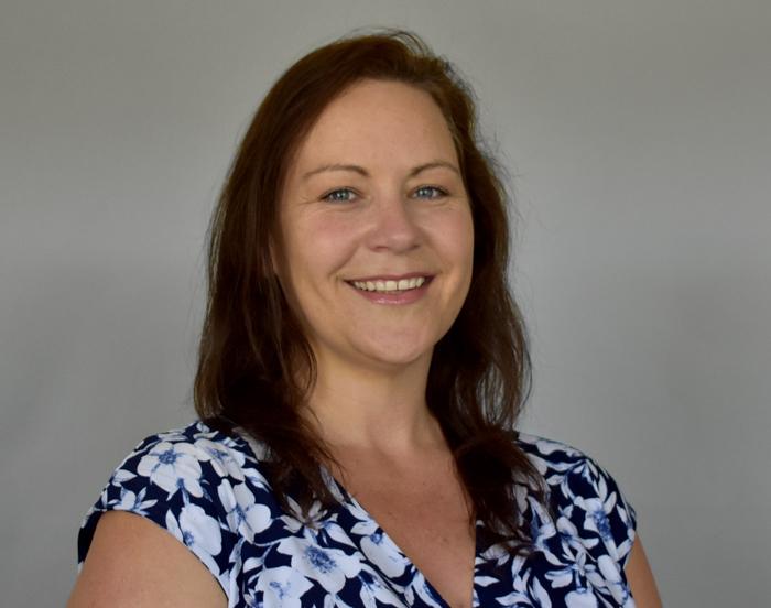 Jessica R. Nichols, LMFT, Supervisora de salud conductual y Proveedor de salud conductual
