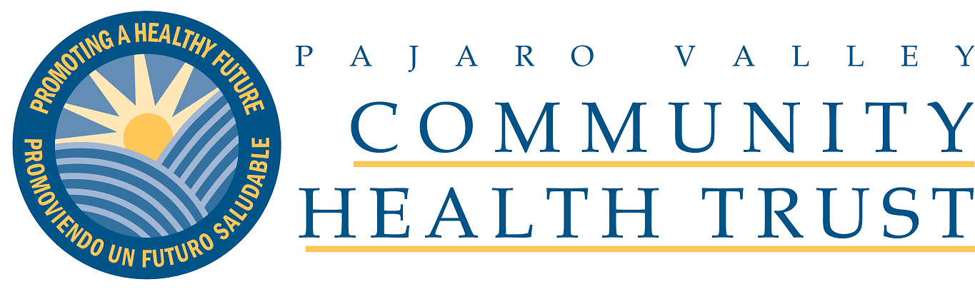 Enlace del logotipo al sitio web de Pajaro Valley Community Health Trust. Lema del logotipo: Promoviendo un Futuro Saludable / Promoviendo un Futuro Saludable.